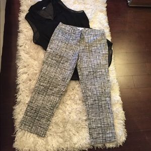 NY&co black and white dressy ankle pants